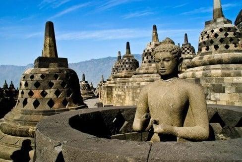 Sebutkan Contoh Akulturasi Kebudayaan Hindu Budha Dengan Kebudayaan
