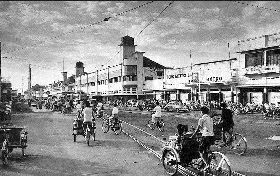 √ Sejarah Bekasi : Latar Belakang, Makanan Khas, Senjata Tradisional dan Pakaian Adat