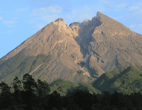 gunung merapai