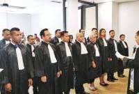 Advokat Adalah